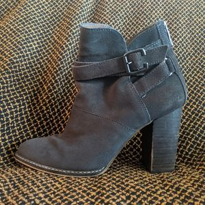 High heeled Ankle booties